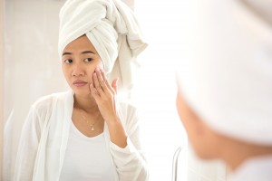 Acne removal methods