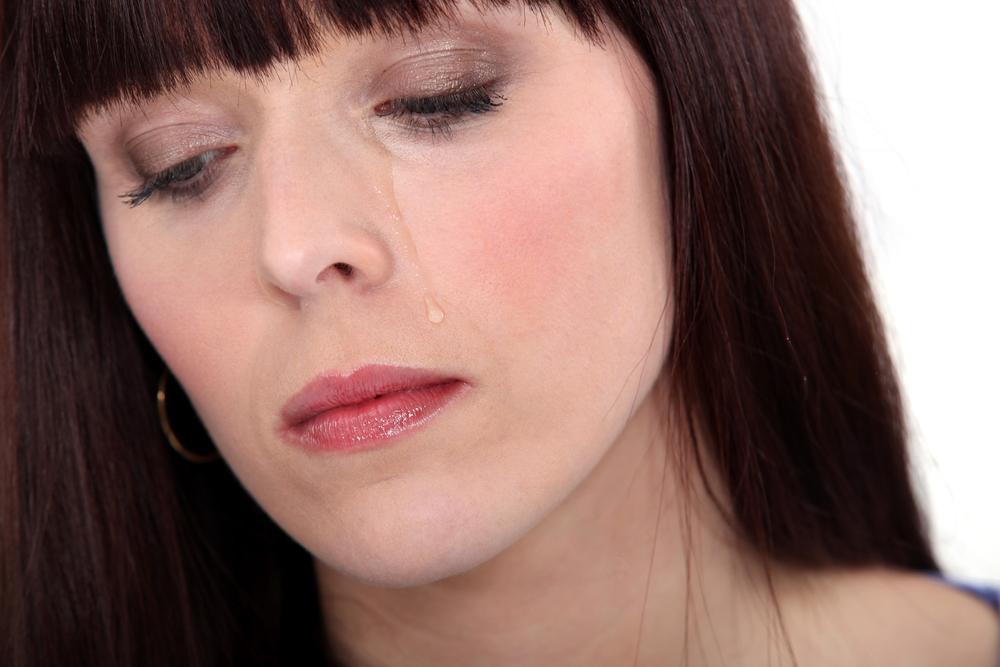 Eyelash loss causes