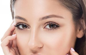 Tricks to lengthen your eyelashes