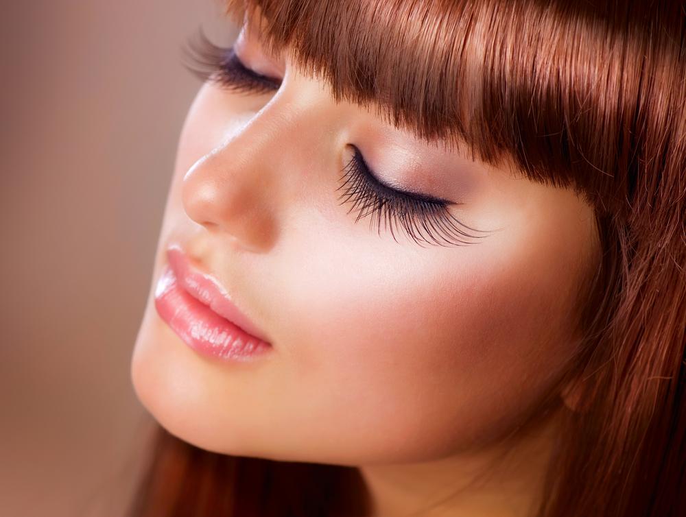 Tips to grow eyelashes