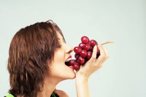 Grapes do wonder for your Teeth and Help fight tooth decay