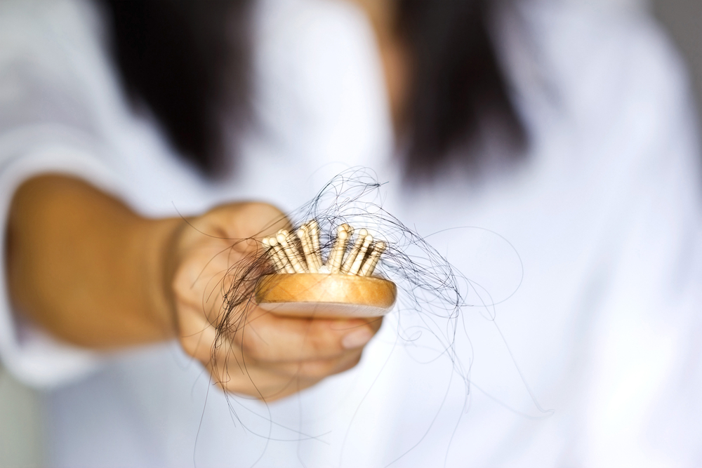Causes of Hair Loss in Teenage Girls