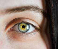 Best Home Remedies For Keeping Eyes Healthy